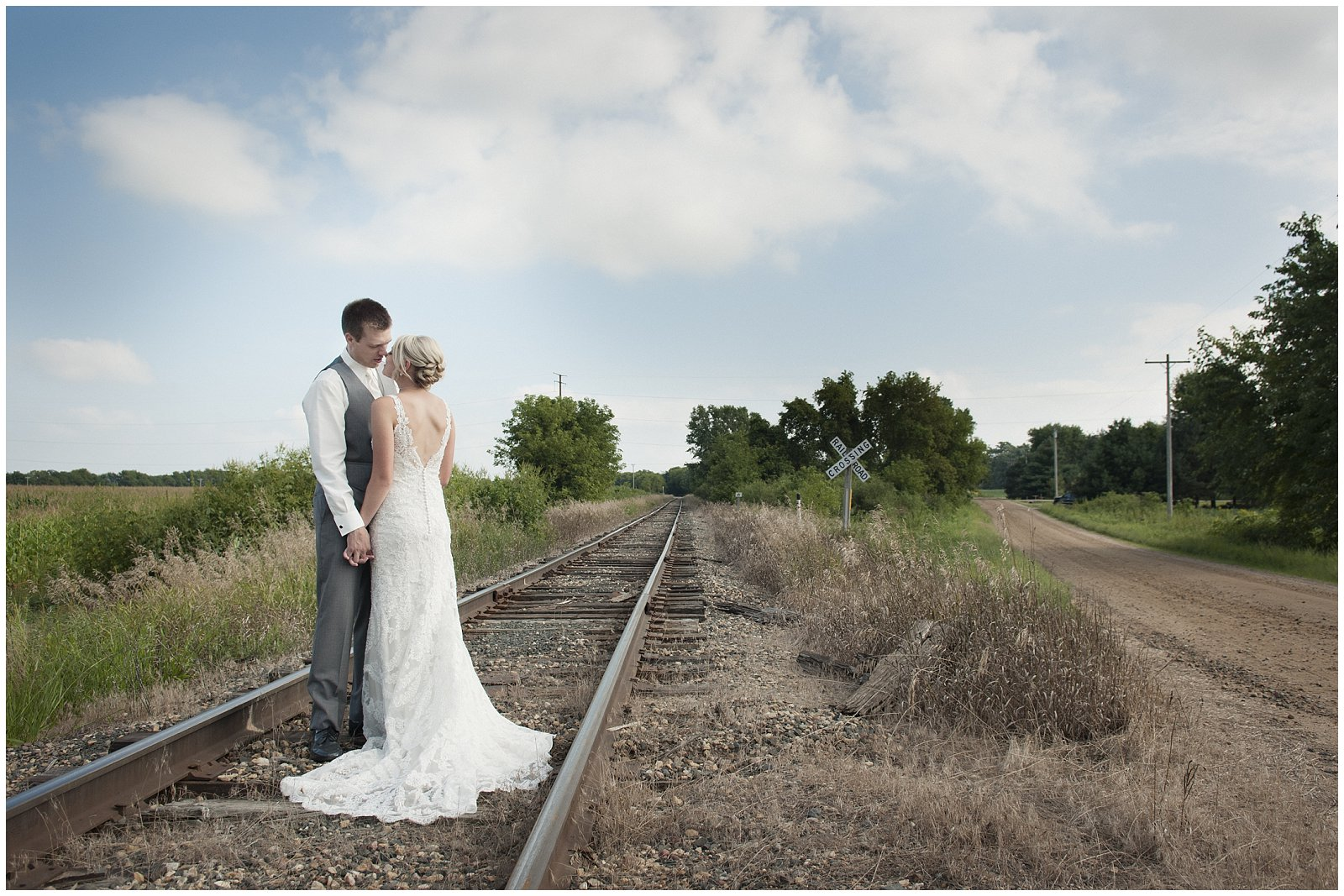 11_B2Photography-Lakeville-Wedding